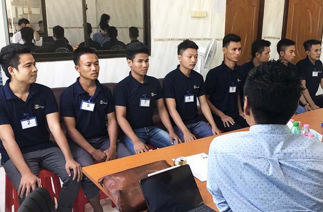 ミャンマーでの技能実習生面接